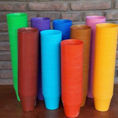 Maceta plástica N 8 (colores variados)